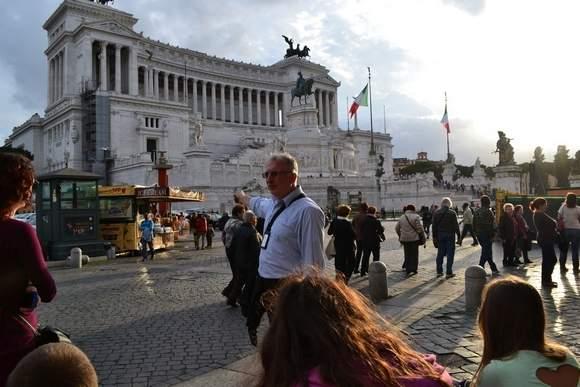 przyłącz się do Rzymu we Włoszech serwis randkowy 2b