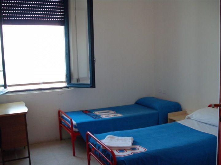 Ośrodek kolonijny w Rimini - pokój trzyosobowy