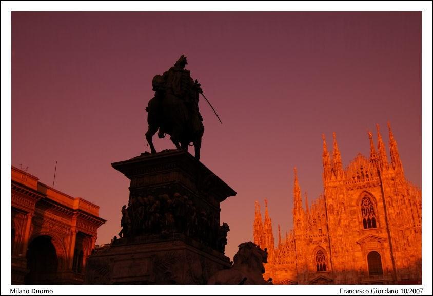 Katedra w Mediolanie o świcie