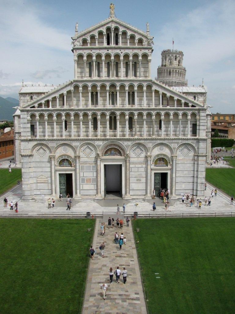 Piza - fasada katedry
